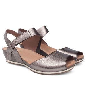 Dansko Vera Metallic Wedge Sandals